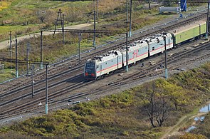 3ES5K Locomotive in Baranovsky station, Primorsky region 2.jpg