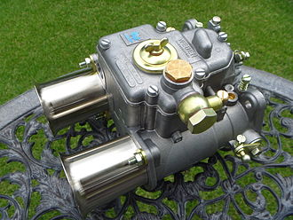 Weber carburetor - Image: 45DCOE9 5