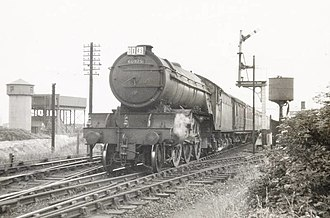 LNER Class V2 - 60975 at Newstead. The lack of outside steam pipes indicates that this locomotive still has monobloc cylinders.