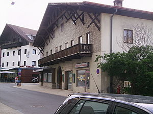 Telfs - Image: 800 year old house in Telfs