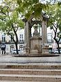 A Fountain at Largo do Carmo P1000515.JPG