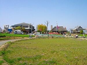 都市農業公園:画像左が ...