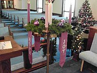 Advent Wreath (Broadway UMC).jpg