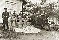 Alkoholin salakuljettajilta kieltolain aikaan takavarikoitua saalista (musketti.M012-HK10000-2663).jpg