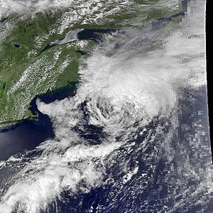 1985 Atlantic hurricane season - Image: Ana jul 18 1985 1841Z