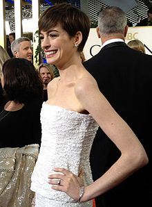 Anne Hathaway Engagement Ring Carats