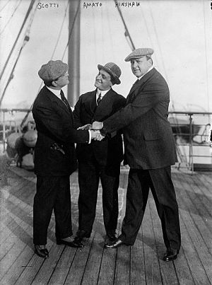 Antonio Scotti - Antonio Scotti, Pasquale Amato, and William Hinshaw aboard the SS George Washington on 29 October 1912