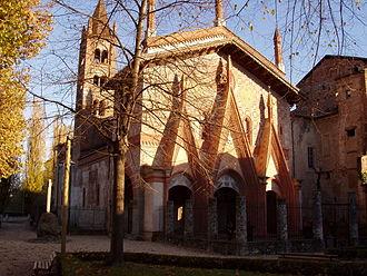 Sant'Antonio di Ranverso Abbey - Façade.