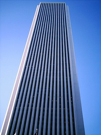 Aon Center (Chicago) - The Aon Center, designed by Edward Durell Stone in partnership with Perkins and Will, from the ground.