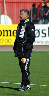 Arne Erlandsen Norwegian footballer and football coach