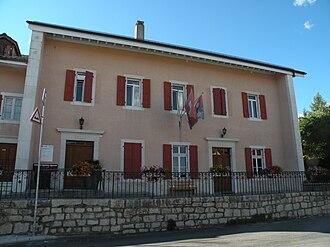 Arzier-Le Muids - Arzier village administration building