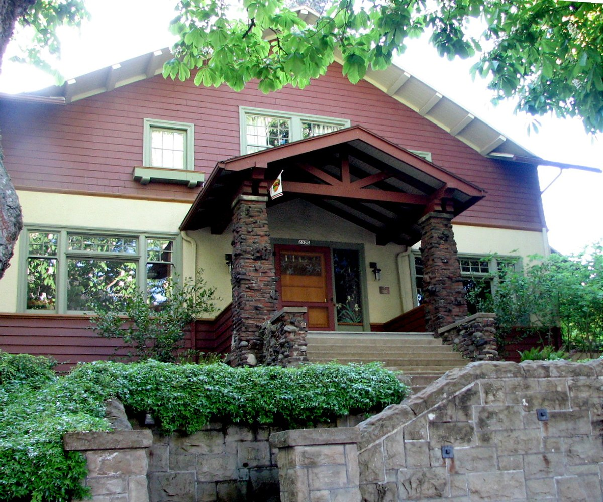 Three Brothers Bungalows: August Olson House