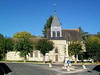 Aumont-en-Halatte (60), église Saint-Gervais-et-Protais.jpg