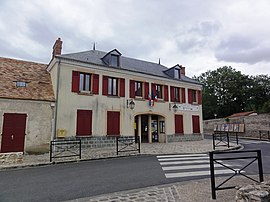 The town hall of Auvers-Saint-Georges