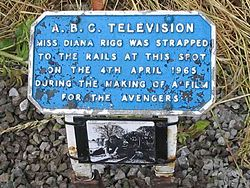 Photo of Patrick Macnee, The Avengers, and Diana Rigg blue plaque