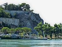 Avignon - embarcadère navette fluviale.jpg