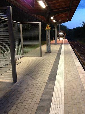 Dortmund-Löttringhausen station - Image: BF Loettringhausen 1