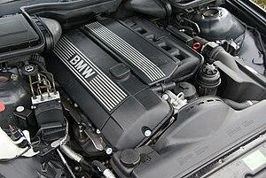 BMW M54 - Image: BMW M54B25 002