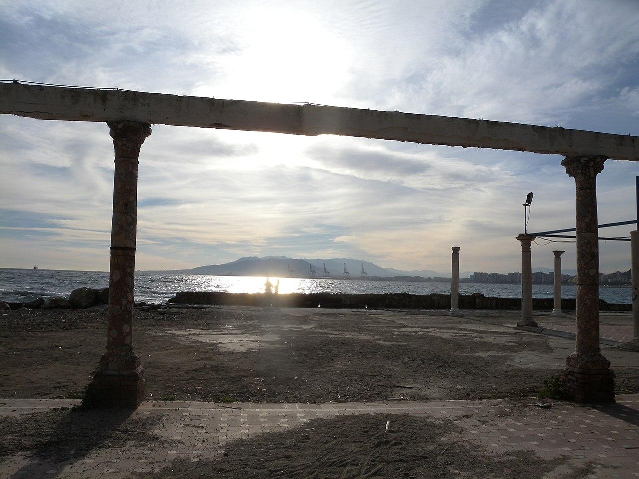 File:Baños del Carmen, Málaga, Spain - panoramio (7).jpg ...