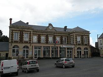 Balleroy - Balleroy Town Hall