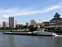 Barges paris P1050238.JPG