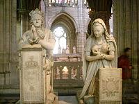 Basilica di saint Denis tomba luigi xvi e maria antonietta.JPG