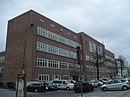 Bauhausschule (Nr. 42/43) Mietwohnhaus (Nr. 44)