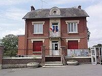 Becquigny (Aisne) mairie.JPG