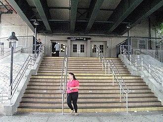 Bedford Park Boulevard–Lehman College (IRT Jerome Avenue Line) - Station Entrance