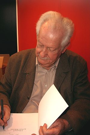 Pierre Bellemare - Pierre Bellemare at the Salon du livre de Paris, 2007