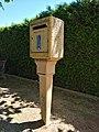 Belmont-d'Azergues - Boîte aux lettres La Poste (mai 2020).jpg