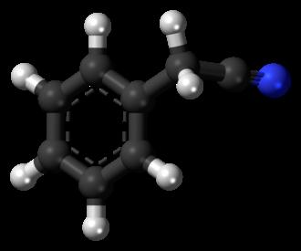 Benzyl cyanide - Image: Benzyl cyanide 3D balls