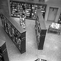 Bergen ofentlige bibliotek inside fra galleri.jpg