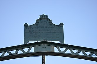 South Washington Street Parabolic Bridge - Image: Berin Iron Company Plaque on Washington Street Bridge