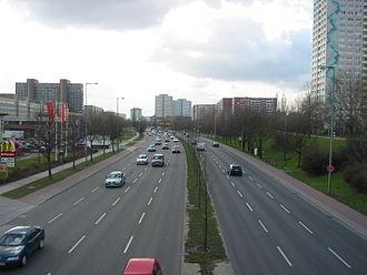 Friedrichsfelde - Image: Berlin B1 B5 (Alt Friedrichsfelde) west