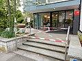 Bern COVID-19-Informationen Altersheim abgesperrt.jpg