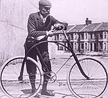 2b8c4749807 Bicycle in Plymouth at the start of the 20th century
