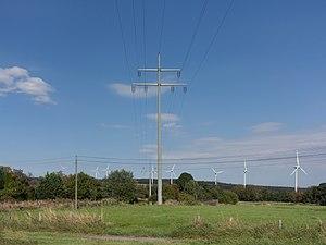 Simmerath - Image: Bij Lammersdorf, panorama met electriciteitsmast en moderne windmolens foto 5 2016 09 10 14.59
