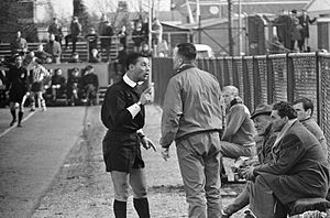 Bill Thompson (Scottish footballer) - Thompson arguing with Dutch referee Brouwer (1966)