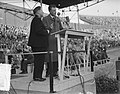 Billy Graham (Amerikaanse evangelist) in Nederland, bijeenkomst Olympisch Stadio, Bestanddeelnr 906-5387.jpg