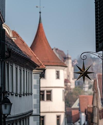Blick in die Lange Gasse vom Holzmarkt aus mit Wilhelmsstift und Stern 2019.jpg