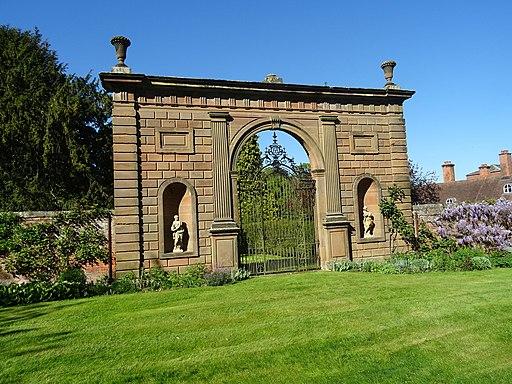 Bowling Green Arch, Chillington Estate