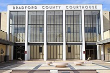 Bradford County Courthouse 2018.jpg