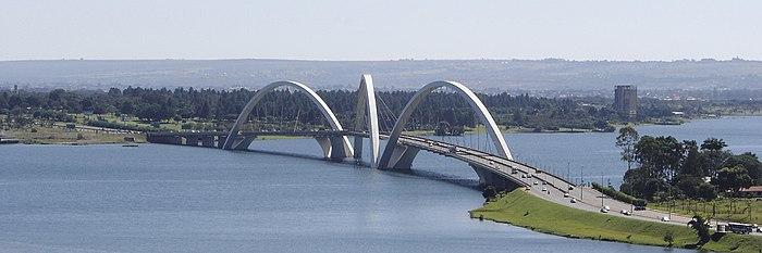 Panorama da Ponte JK.
