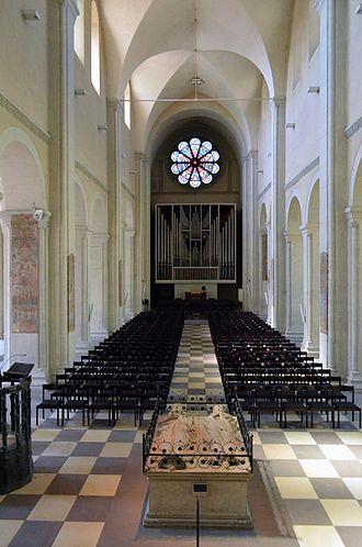 Brunswick Cathedral - Image: Braunschweig Braunschweiger Dom Mittelschiff (2011)