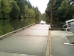Browns Ferry Park Tualatin dock.jpg