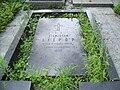 Brwinow, grob Stanislawa Wilhelma Lilpopa.jpg