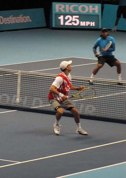 File:Bryan and Paes.jpg