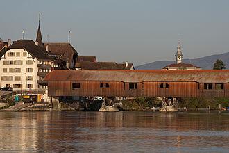 Büren an der Aare - Büren with the historic wooden bridge spanning the Aare
