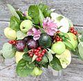 Buket iz ovoshei I fruktov.jpg